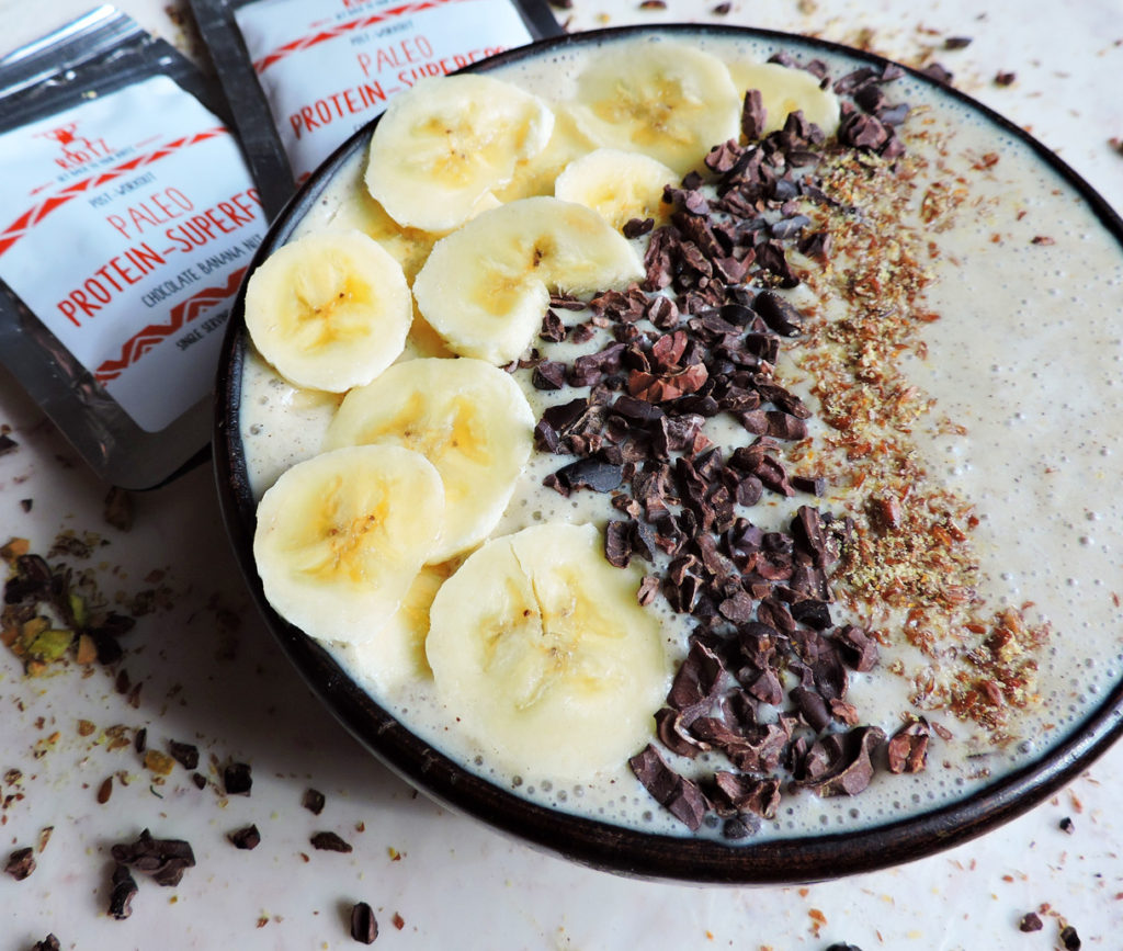 rootz nutrition chocolate banana nut smoothie bowl-1