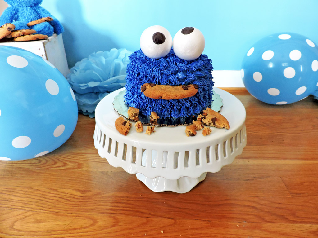 A One Year Olds Birthday Party Isnt Complete Without The Smash Cake I Will Show You How To Put Together Cutest DIY Cookie Monster In Less