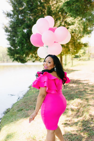 + A Few Very Important Life Lessons, Black African American Food Blogger & Registered Dietitian doing a birthday photo shoot with pink balloons