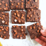 Super Fudgy Flour-less Black Bean Brownies. healthy black bean brownies made with oats, no flour, and are gluten free.