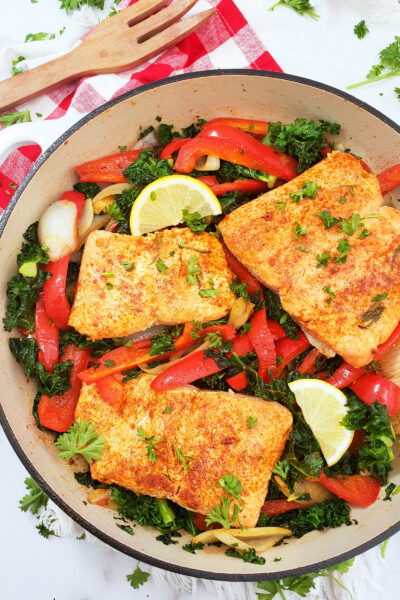 Pan-Seared Rosemary Salmon with Sautéed Kale & Peppers