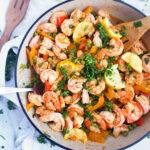 One-Skillet Lemon Garlic Shrimp & Vegetables made with Sprouts Organic Peas. This recipe makes a healthy, quick, and delicious dinner, perfect for those busy weeknights! #healthydinnerrecipes #healthydinner #easydinnerrecipes #shrimprecipes #weeknightrecipes
