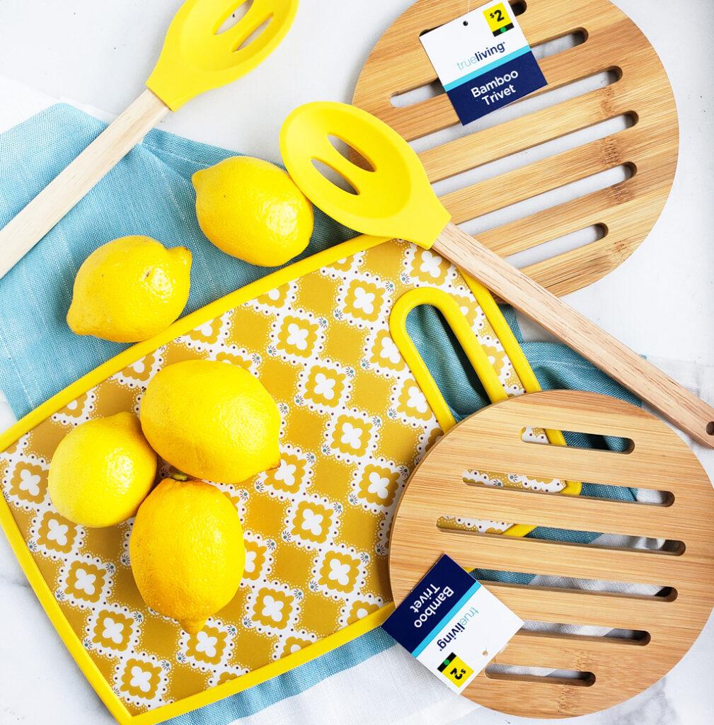Since my kids love homemade lemonade, I decided to have a DIY Summer Lemonade Party. #lemonade #lemonadeparty #pineapplelemonade #summerparty #summerideas #summerentertaining beautifuleatsandthings.com