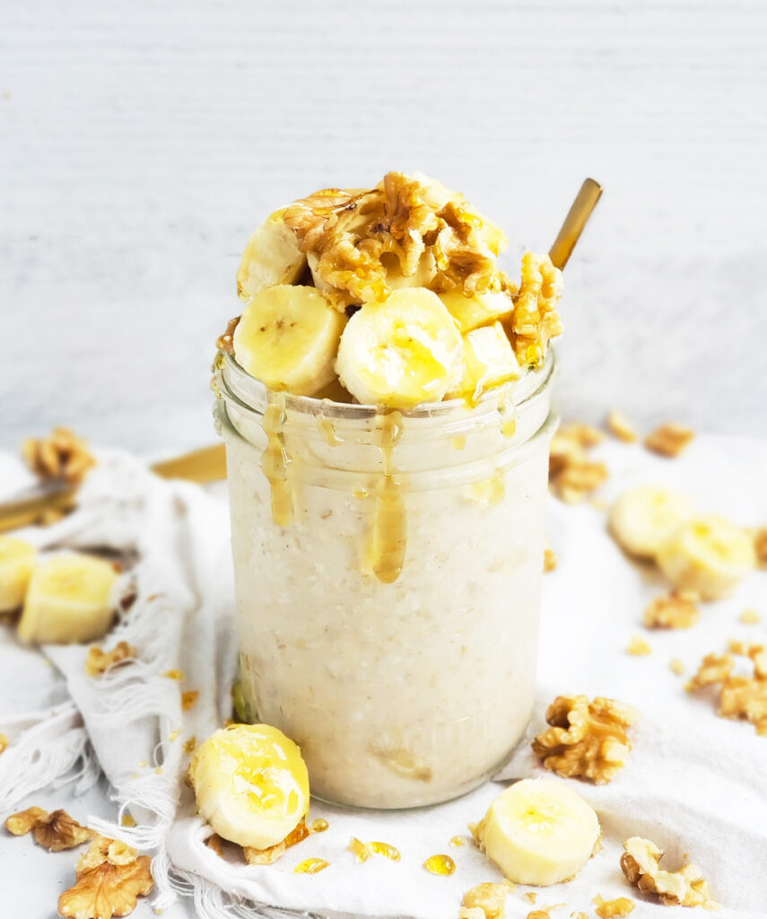 Prep your breakfast in 5 minutes or less with these Vegan Banana Nut Bread Overnight Oats. Pop them in the fridge overnight for an easy, healthy and nutritious breakfast waiting for you in the morning! #overnightoats #banananutbread #bananabread #oatmeal #healthyrecipes beautifuleatsandthings.com