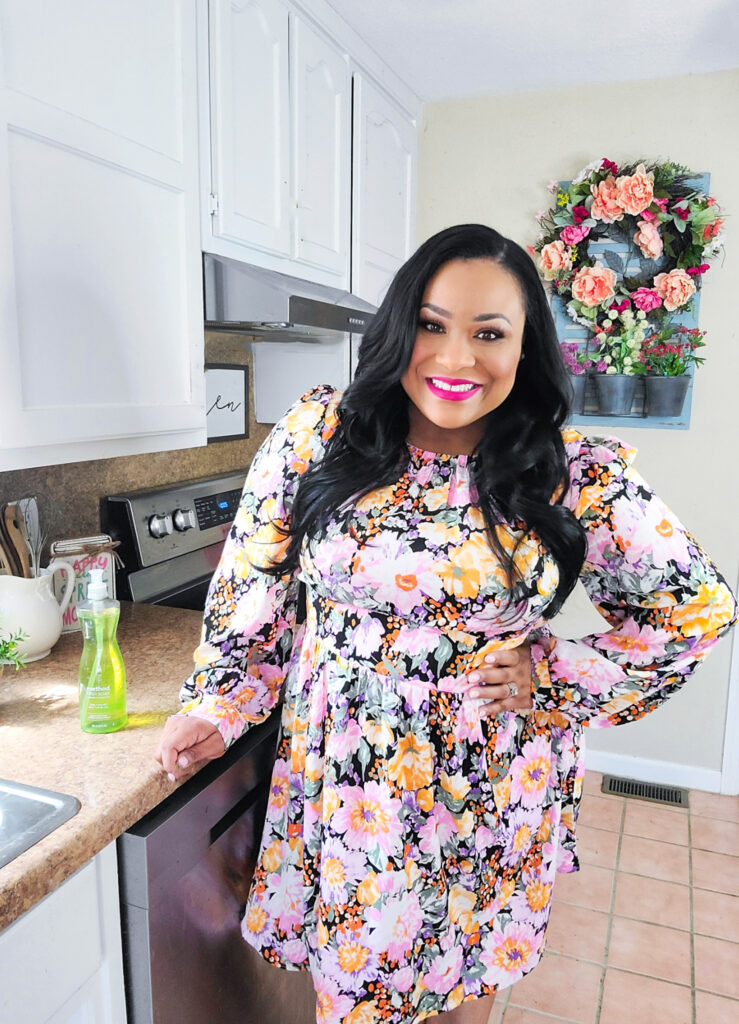 African American, Black Registered Dietitian, Andrea Mathis using Method Cleaning products in her kitchen  beautifuleatsandthings.com